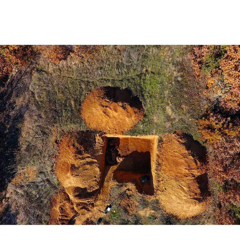 Откриено исклучително погребување на лок. Гимбабица