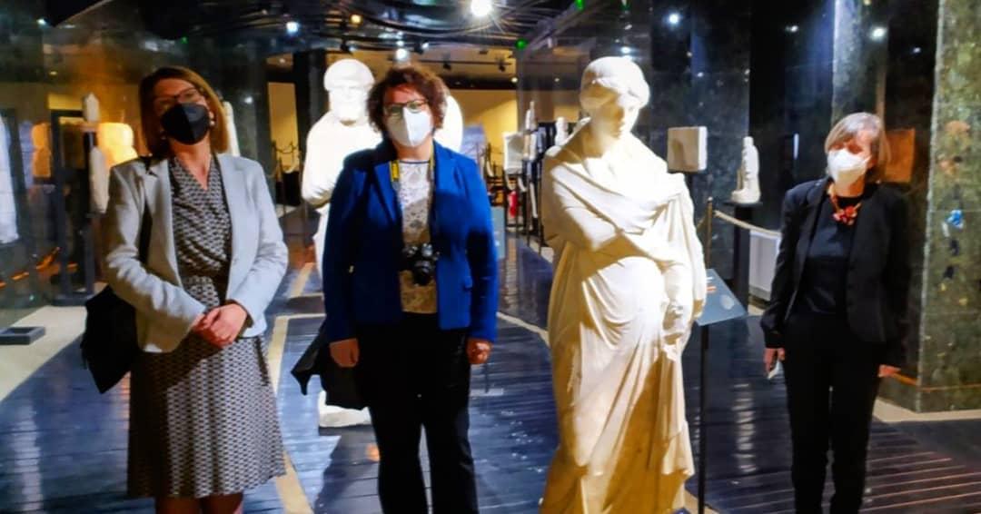 Read more about the article Делегација од Грција во посета на музејот и Куршумли ан