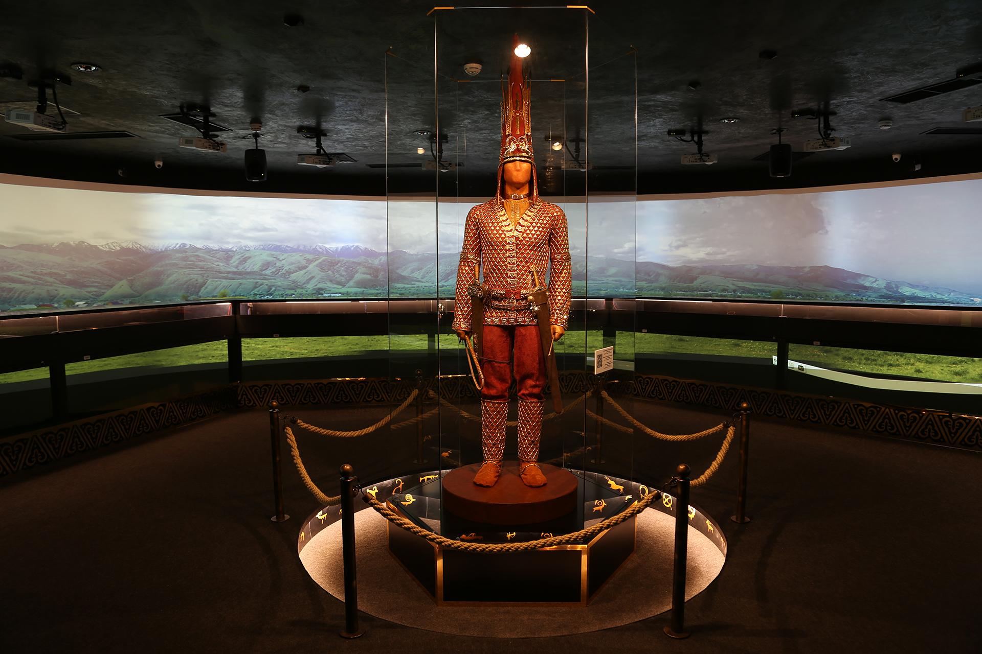 Read more about the article Патувањето на Златниот човек низ музеите ширум светот